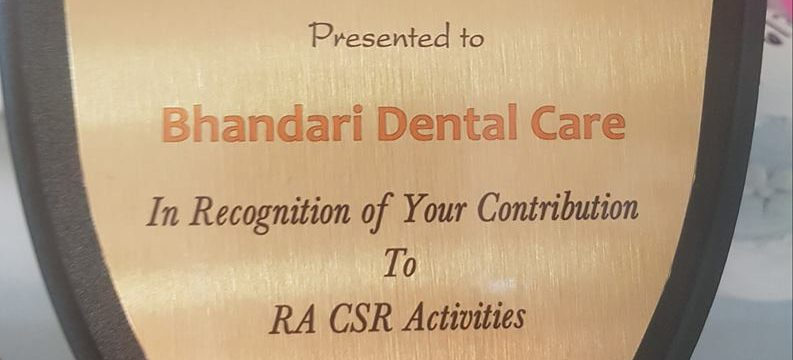 Bhandari Dental Care awarded for CSR Activities in 2017-18 by Rajasthani Association